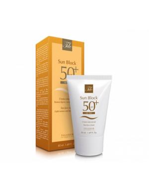 Sun Block SPF 50 +Oil Free...